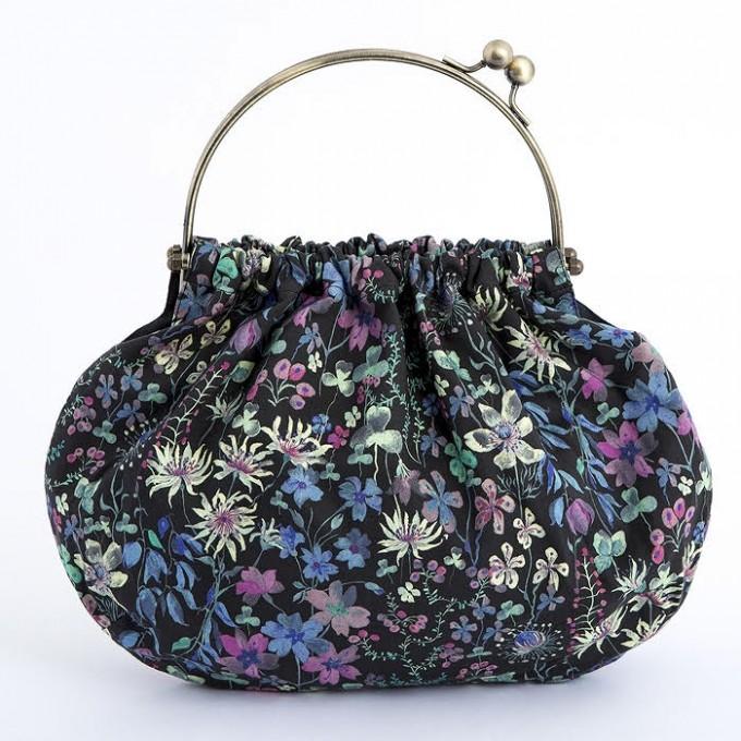 「ホビーラホビーレ」のハンドメイドバッグ