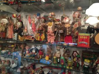 まるでおもちゃ箱の中に迷い込んだよう。横浜の「ブリキのおもちゃ博物館」