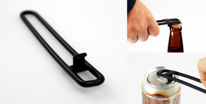 FD STYLEの黒いおしゃれな栓抜きと使用例