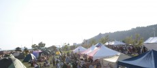 イベント「森、道、市場」のマーケット会場の様子