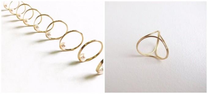 18金のK18YG素材で作られた「ウランジュエリーワークス」のリング『inside』と、3つの輪が組み合わさったリング『trinity』