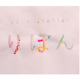 「nail atelier りぼん」のロゴ