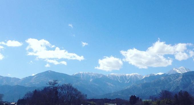 北アルプスの山々に囲まれた長野県池田町