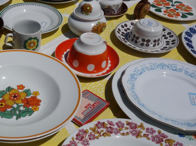 春のマルシェやまなしに出展された陶器