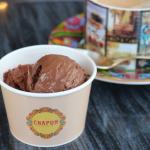 パリが愛する味を日本でも。ショコラトリ―「シャポン」のふんわり濃厚チョコレートムース