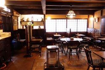 100年の歴史と民芸とクラシック音楽と。長野の松本にある至福の空間「珈琲 まるも」