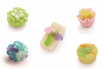 見て味わって楽しむ限定メニュー。企画展に合わせた和菓子に出会える山種美術館「Cafe 椿」