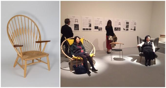 横須賀美術館の企画展「デンマーク・デザイン」で出されているハンス・ウェグナーの椅子と、それに座る人の様子