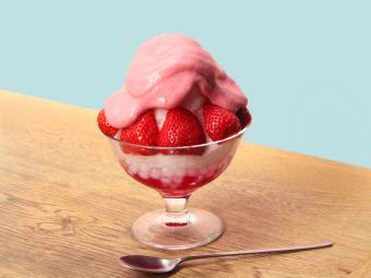 ふんわり&なめらかの新食感。いちごを存分に味わえる「bib baR」の夏季限定かき氷