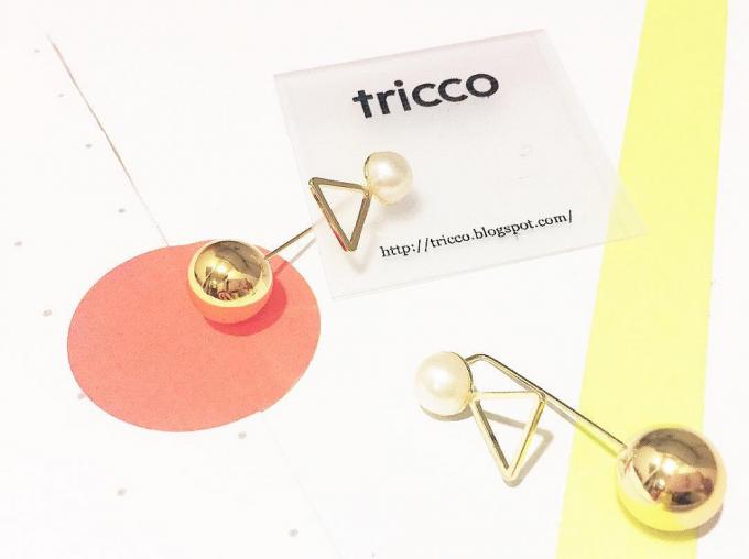 まると三角のモチーフを組み合わせた「tricco(トリッコ)」のピアス
