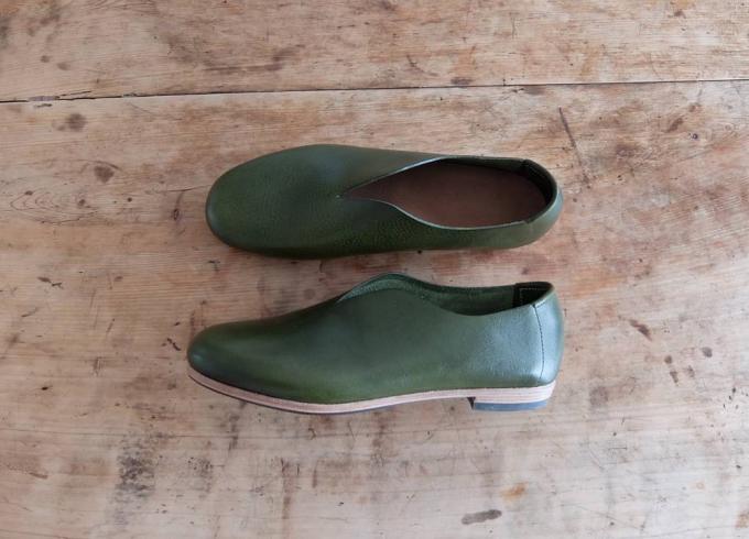 おすすめ革靴、enfab陶芸ラボのシンプルなフォルムの革靴