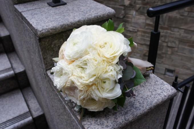名古屋の花屋「PEU・CONNU」のウェディングブーケ