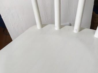 ミルクバターペイントはオールドヴィレッジ社のものを使います