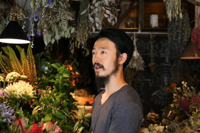 「anima garage(アニマ ガレージ)」の店主、福嶋さん
