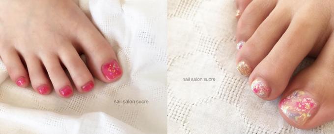 ネイルサロン「Sucre」の夏らしいフットネイル2パターン