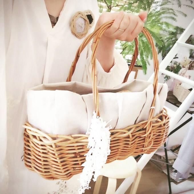 「ami girl(アミガール)」の籐編みバッグ