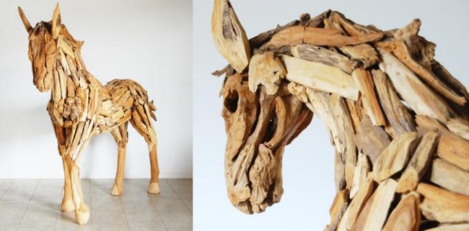KAJAのインテリア「オールドチーク馬のオブジェ」