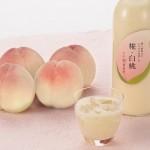 """甘酒と旬の果実""""白桃""""のコラボ。夏こそ飲んでほしい新感覚甘酒「糀・白桃」が限定発売"""