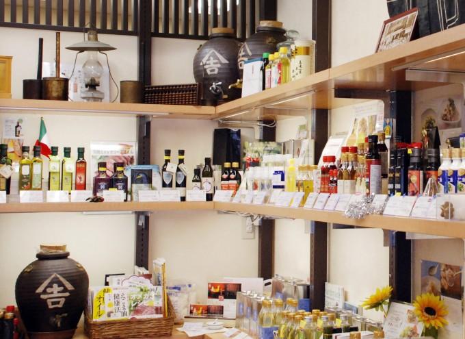 浅草橋にある「金田油店」のインタビュー