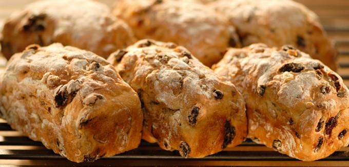東京・丸の内で人気の美味しいパン屋「POINT ET LIGNE」