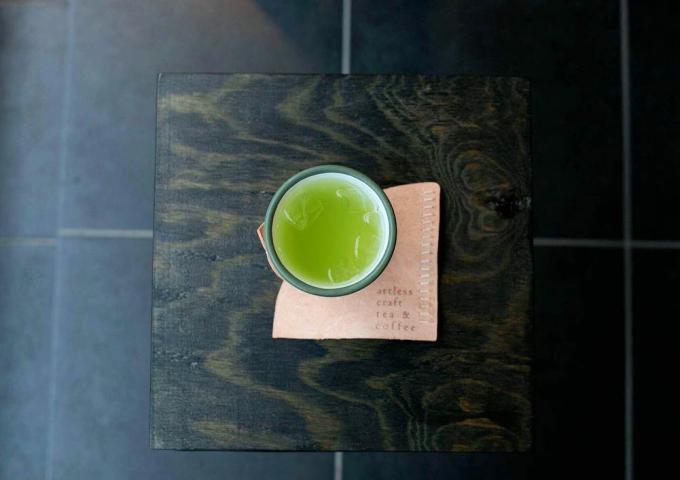 「artless craft tea & coffee」の日本茶