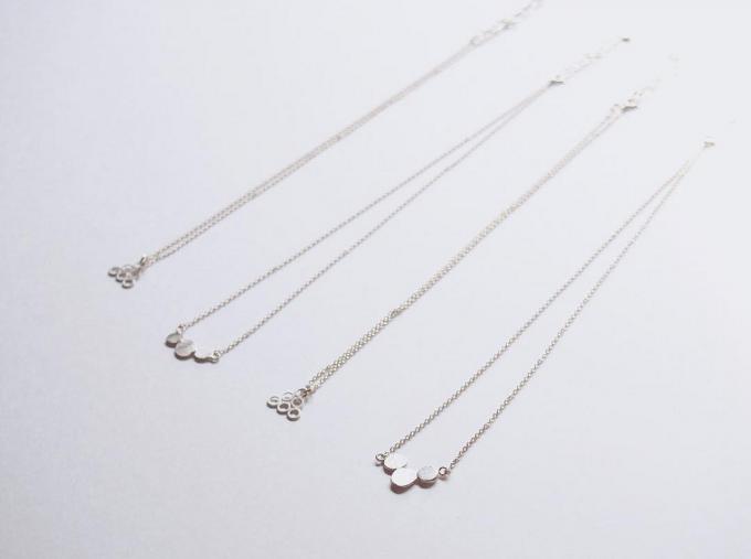「momoendo(モモエンドウ)」のシルバー製のネックレス2種類4本