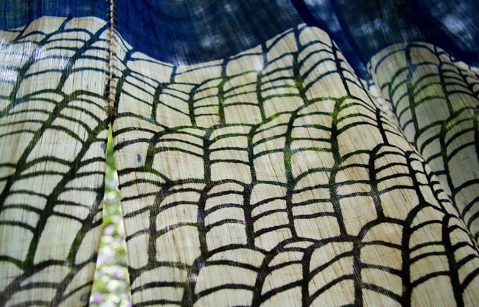 「よつめ染布舎」の手染めテキスタイル