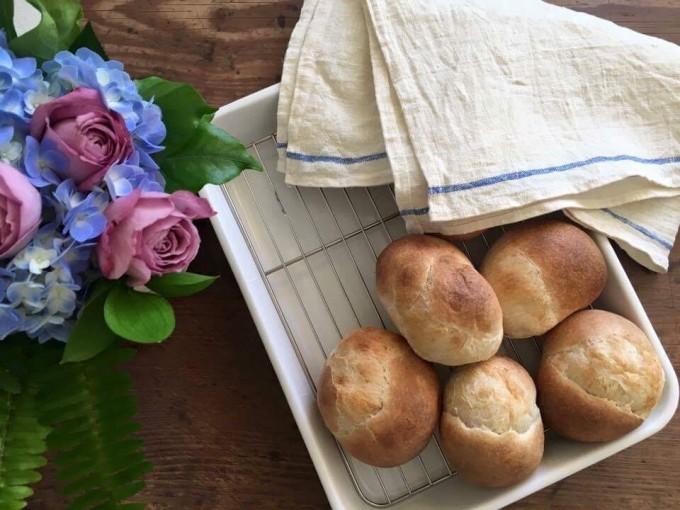 浅草のパン屋「粉花」の丸パン