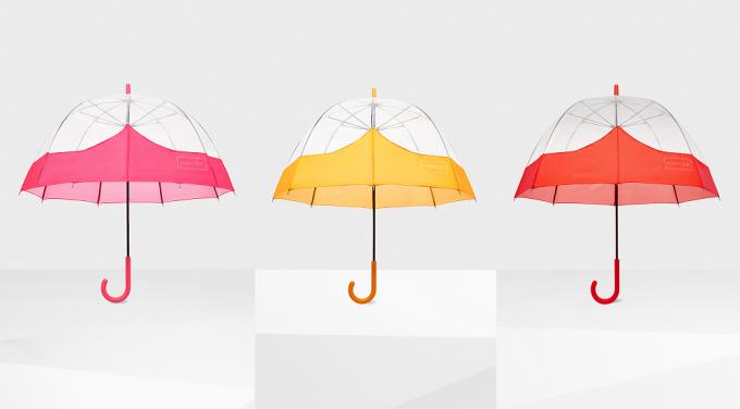 大人の女性こそ持っていたい。雨の日も、心が晴れやかになるおすすめの傘<3選>