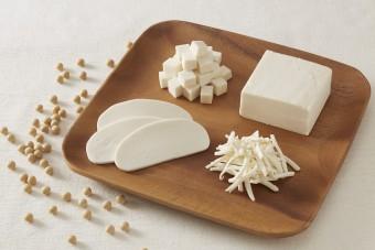 カロリー控えめで嬉しい。「チーズのような豆乳ぶろっく」がついに発売