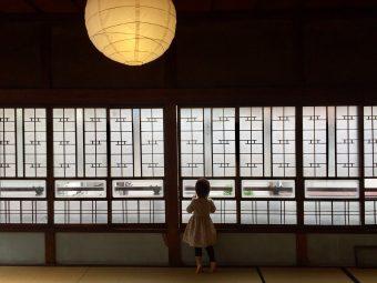 地域の人に愛され続けたお蕎麦屋さんを再生。古き良き日本を感じる「古民家カフェ蓮月」