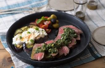 お肉や野菜がさっぱりと食べられる。「トルコ風2色のミントソース」のレシピ