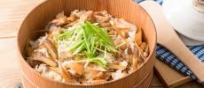 ひと手間でごぼうが香るご馳走に。お弁当にもおすすめの「鶏ごぼうのちらし寿司」レシピ
