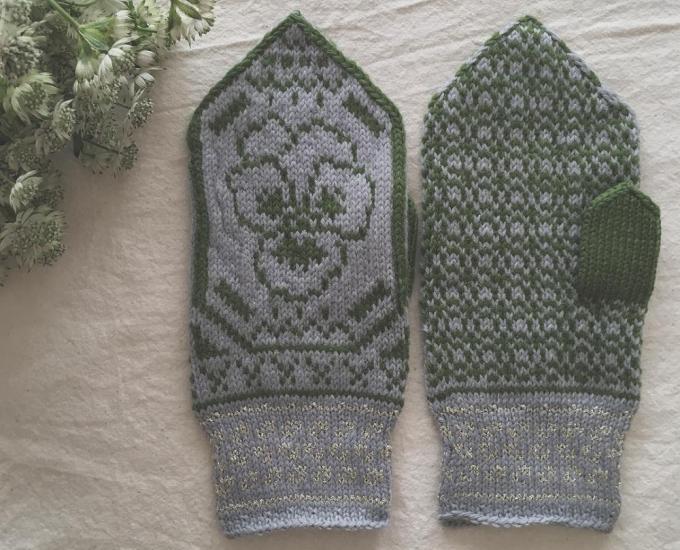 「handmade mittens SUNAO」のミトン