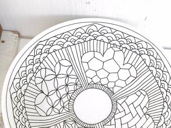 和でも洋でもない新しさ。陶芸家・勝村 顕飛さんのお皿が演出する独特の世界観