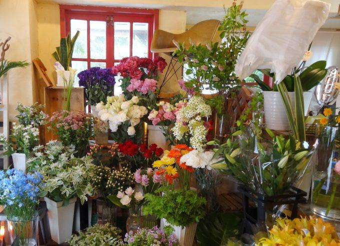 世田谷にあるお花屋さん「perfume」の店内