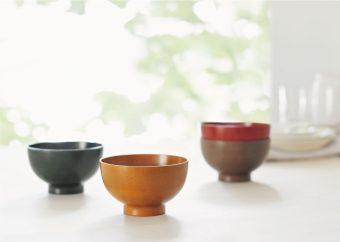 受け継がれる伝統技術で食卓を彩る。何代にも渡って使い続けたい「お椀や うちだ」の漆器