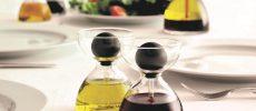 おしゃれな調味料入れ「ピペットグラス」が食卓にある風景