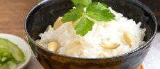 シンプルさの中に旬のやさしい甘みが味わえる「生らっかせいごはん」のレシピ