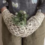 「handmade mittens SUNAO」の手編みミトンでもっと楽しむ秋冬のおしゃれ