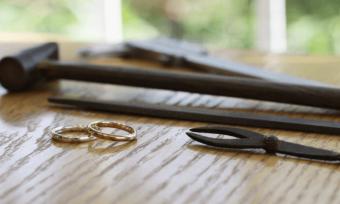自分で作ることで、思い出の一品に。「ついぶ東京工房」の手作り指輪体験