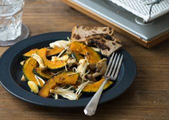 少し重めの赤ワインと。秋が旬のかぼちゃを使った「まっ栗かぼちゃのソテー」のレシピ