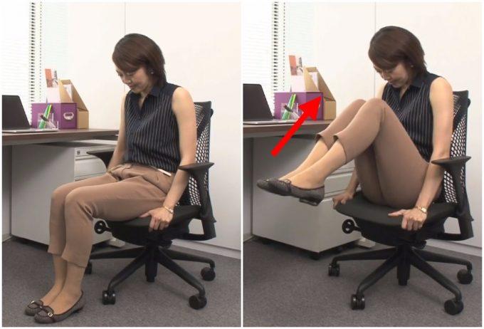 椅子に座って「両足上げ下げ」を実践しているところ