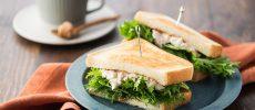 ちょい辛「わさび菜のサンドイッチ」