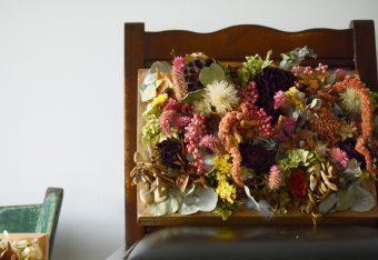 まるで絵画のような美しさ。「PELE plants & flowers」の『乾燥花画』
