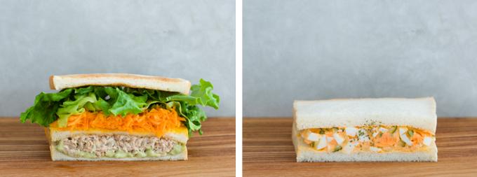 ツナオニオンとバジルマヨネーズとたまごサンドイッチの写真