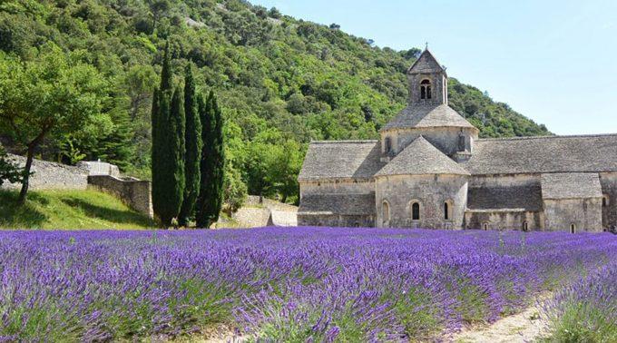 コディナが生まれたフランスの風景