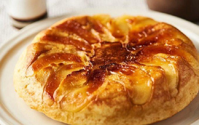 焼きりんごケーキの写真