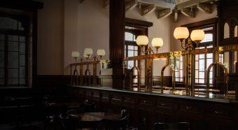 西洋の建物に迷い込んだよう!レトロでおしゃれな「Café 1894」で優雅なカフェタイムを