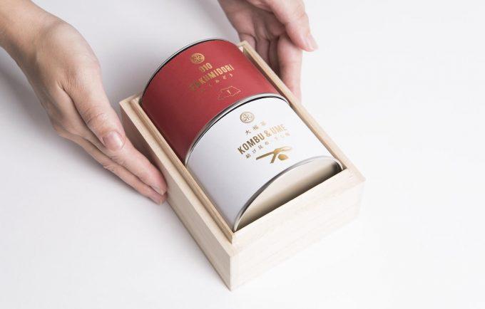 金粉入り大福茶のパッケージ写真
